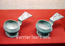 Spoon for ladling out wine with tile design, Western Zhou Dynasty, Shaanxi Provincial History Museum