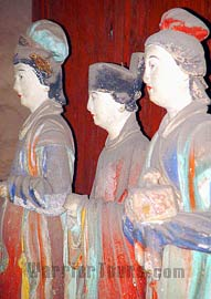 Clay figures of maids in Song Dynasty, Jinci Temple, Taiyuan, Shanxi